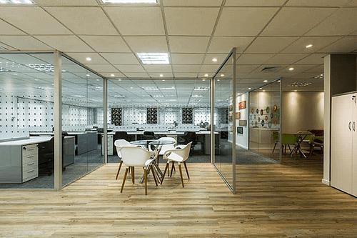Los muebles que no pueden faltar en tu oficina